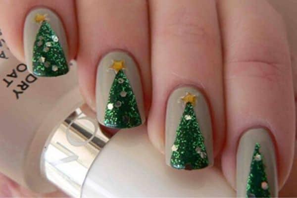 nail noel