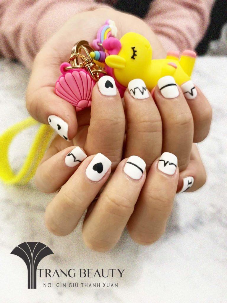 làm acrylic nail