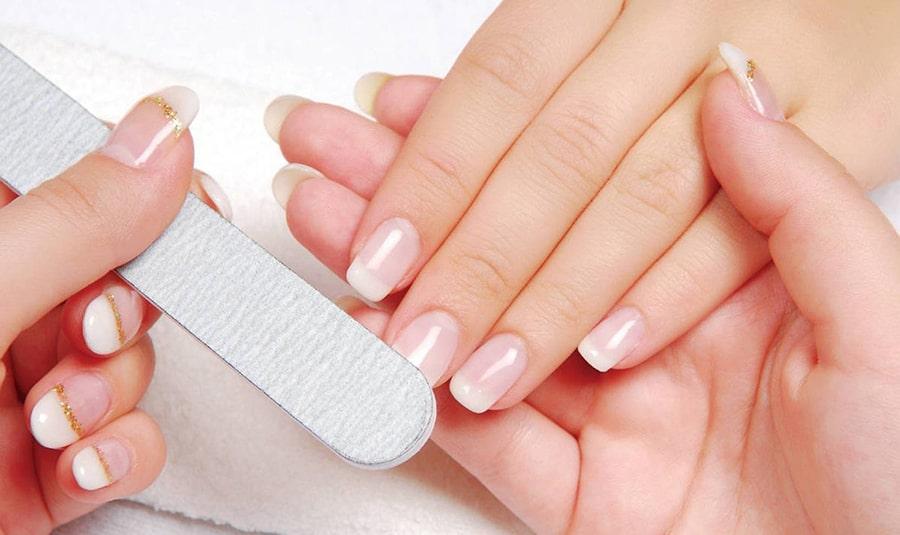 cách dán móng tay giả